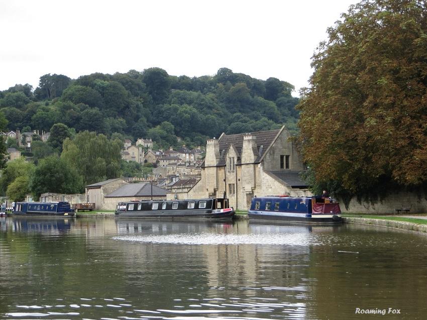 Canal boat moorings in Bath
