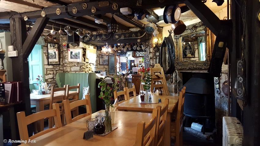 Cross Guns Pub Avoncliff.jpg