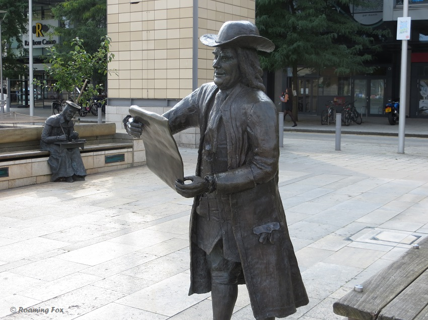A statue of William Penn and William Tyndale