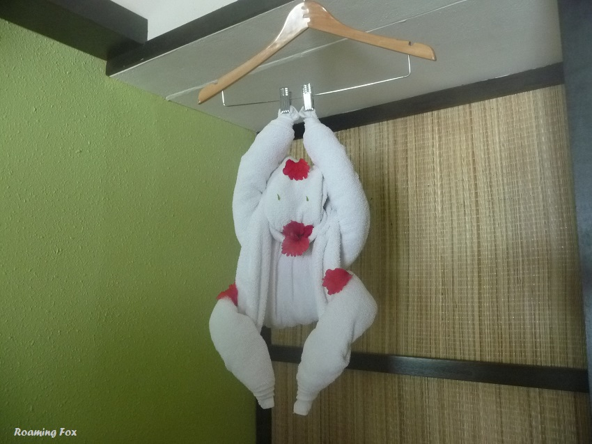 Towel art monkey Club Med Kani Maldives