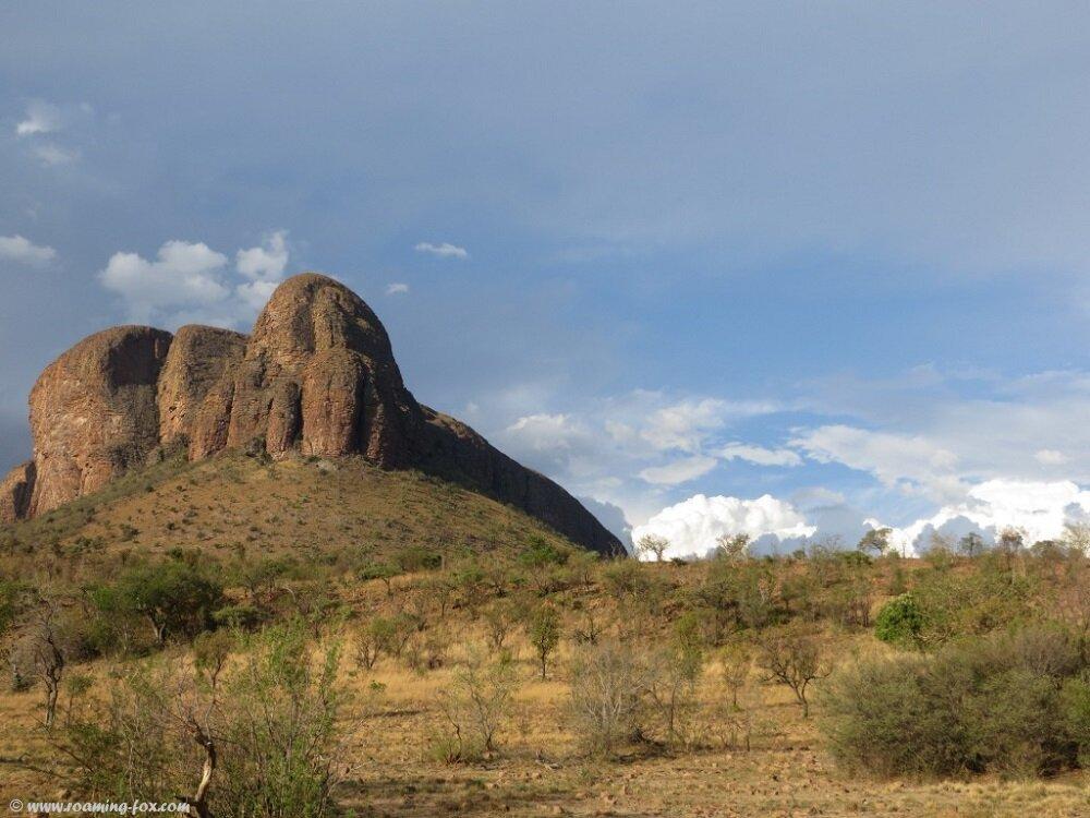 Marakele-mountain-sky-clouds-Waterberg