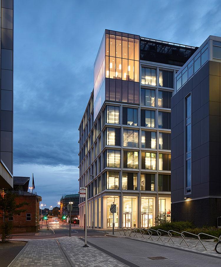 <b>New Library</b> | University of Bedfordshire