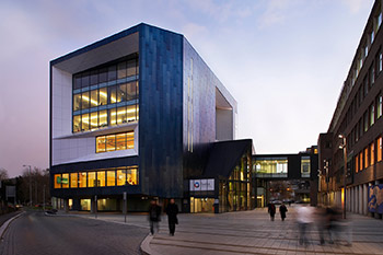 <b>Gateway Building</b><br>Buckinghamshire New <wbr>University
