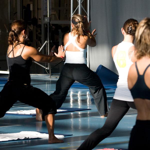 Prova di una sessione di fitness di gruppo