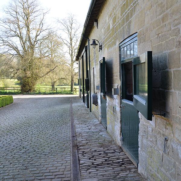 manor-farm-livery-teffont-magna-services-5.jpg