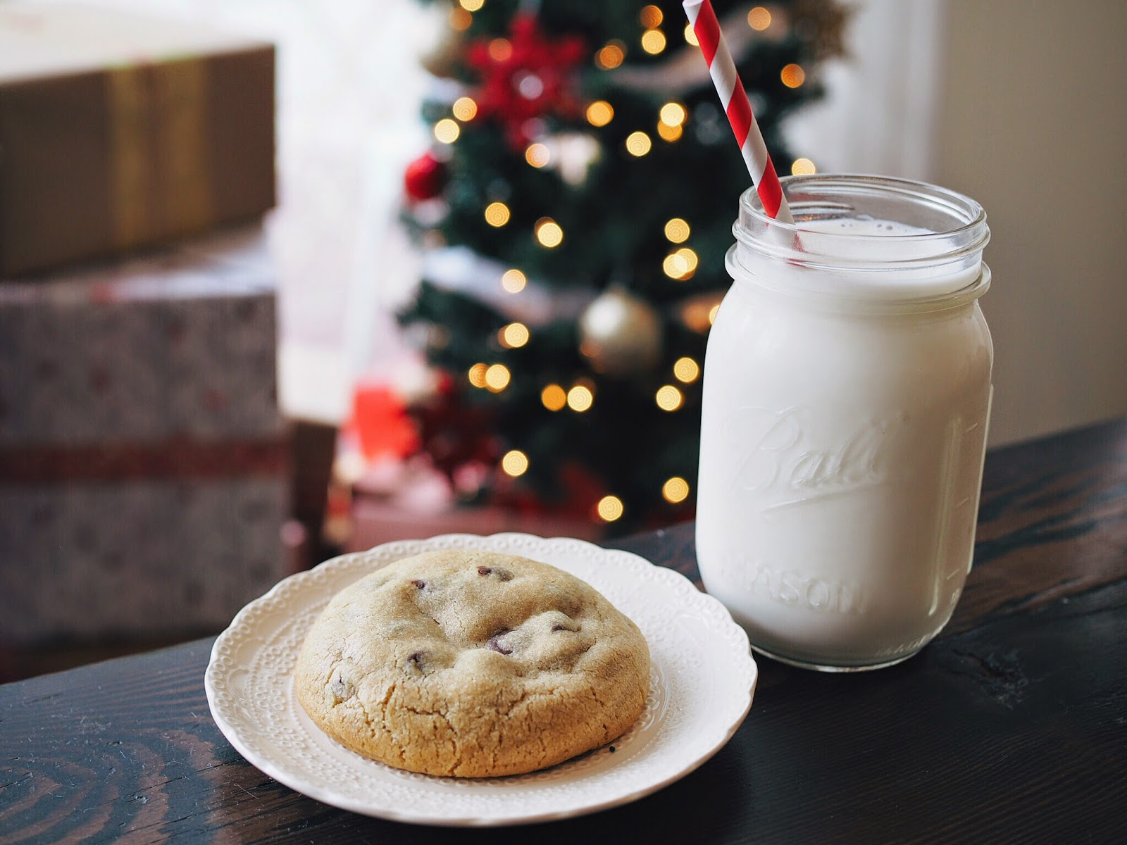 milk-and-cookies.jpg