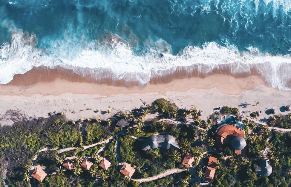 Beachshot_crop.jpg