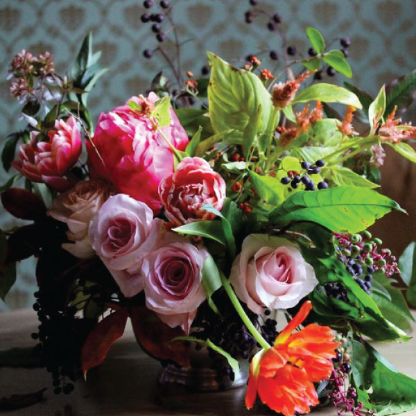 Caroline Worth Design  FREE Delivery in Metro Atlanta #floraldesign #moreismore   carolineworthdesign.com