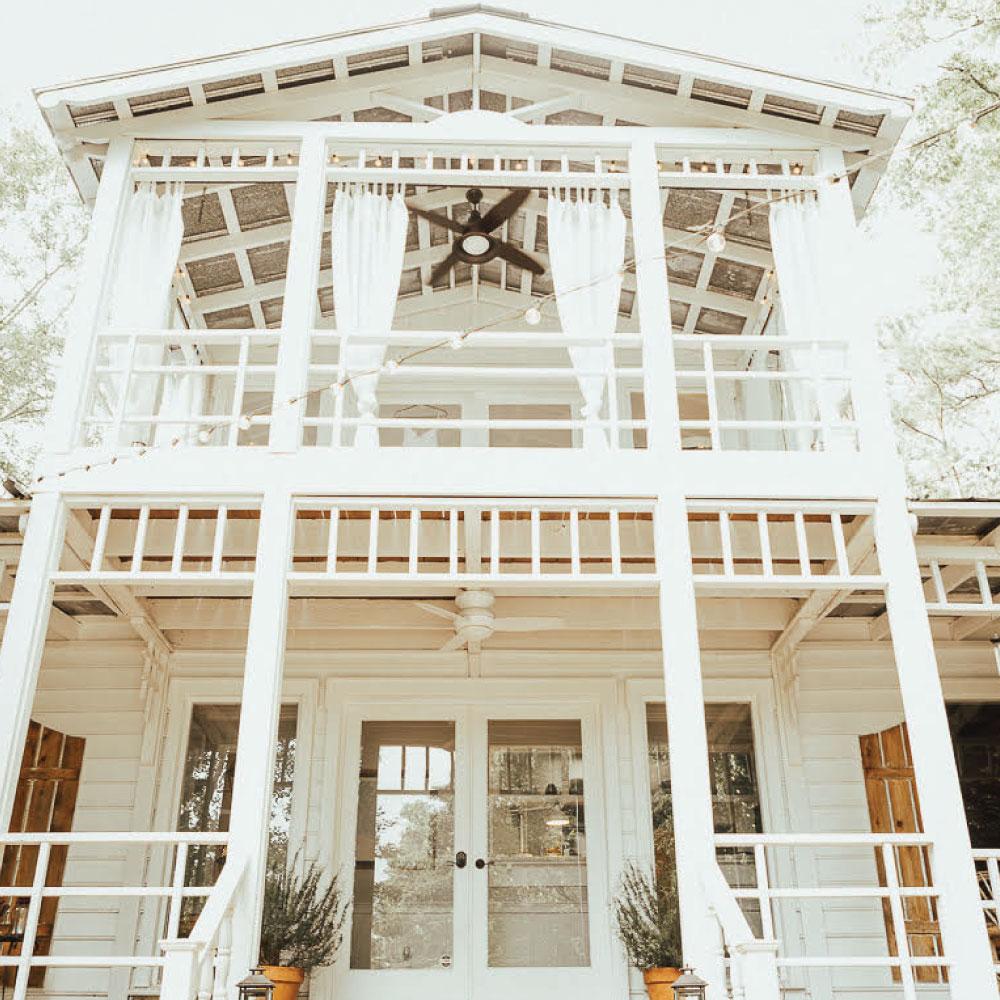 The Lake House at High Falls  #weddingvenue #eventvenue #cakery #bakery   thelakehousehighfalls.com
