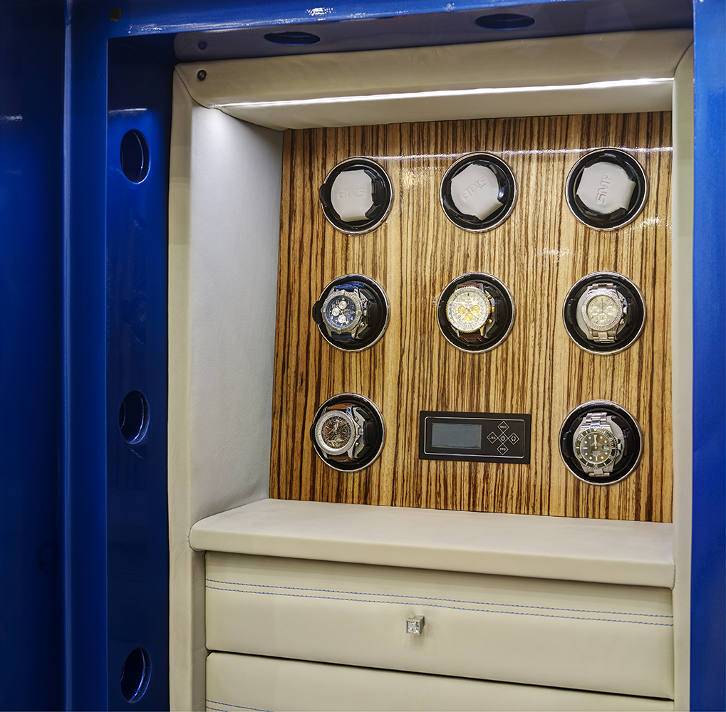 Watch Winders  to suit your WATCH collection  Coulson have a reputation for building beautiful safes which incorporate automatic watch winders. We can configure your safe so that the space available is optimised to offer the best combination of winders, drawers or shelves, in a way that tailors its use and functionality to the owner and user.  Taking power form the safe's own internal power supply, the winders can be individually configured to match the optimum winding regime of each watch. Incorporating a slim courtesy dressing shelf allows you to safely handle jewellery at the safe without any adjacent table.