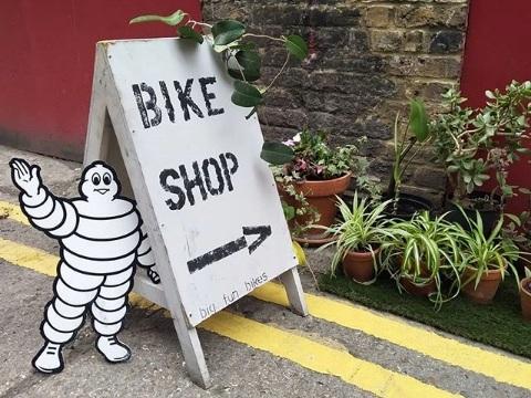 bike-repairs-haggerston.jpg