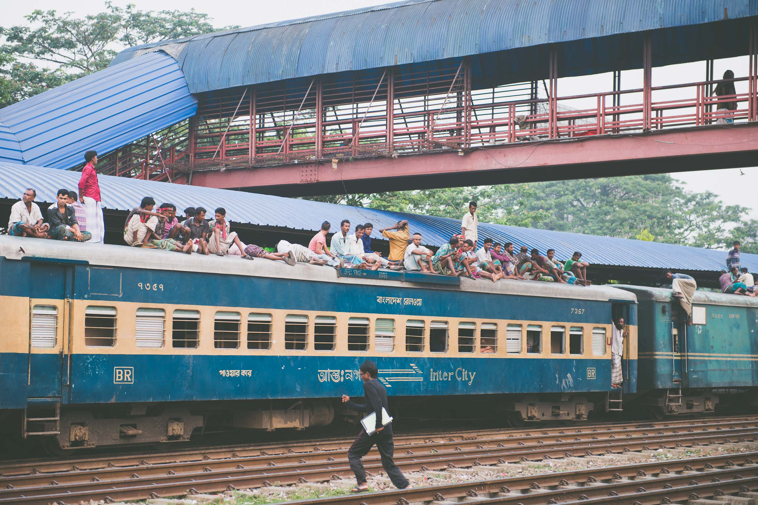 Bangladesh train - Travel - Photo credit Nicola Bailey.jpg