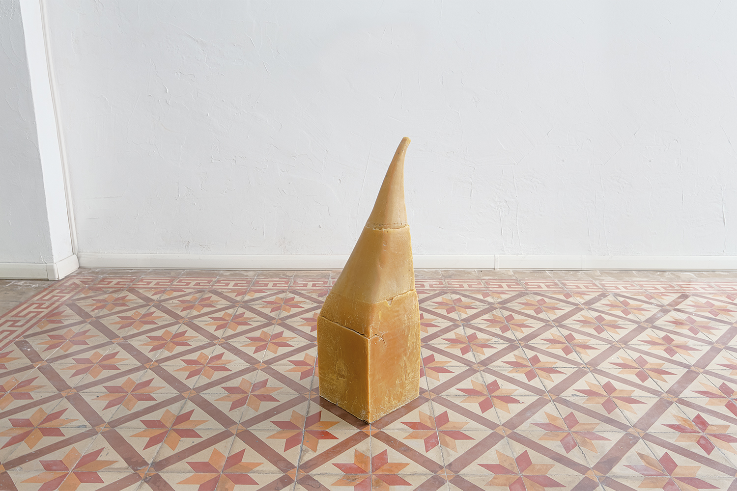 Augmented fragility , Untitled, raw beeswax, 80x20x20cm, 2015