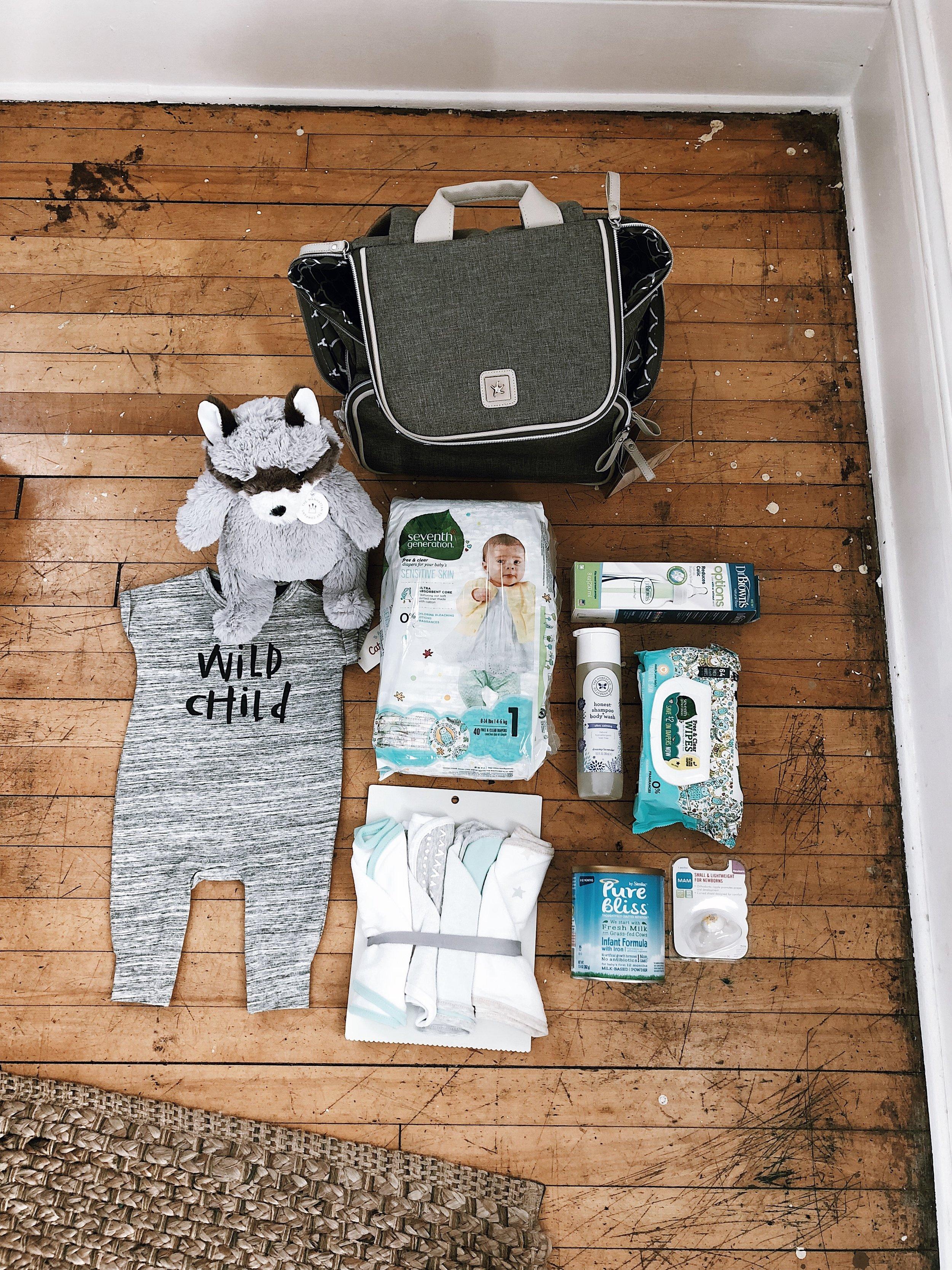 Gender neutral infant placement bag.