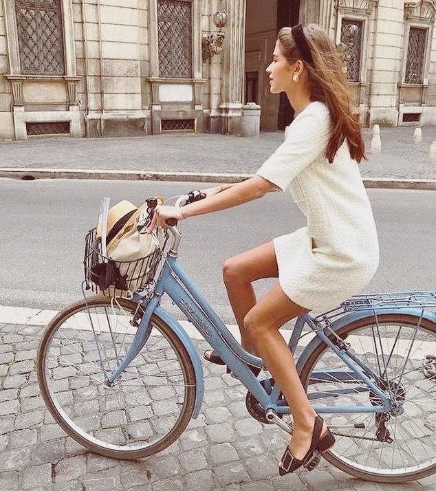 summer transport 🚲🏙⭐️