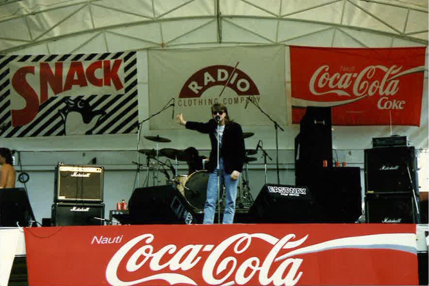 Ettanin Kaivarin konsertti, ehkä 1992