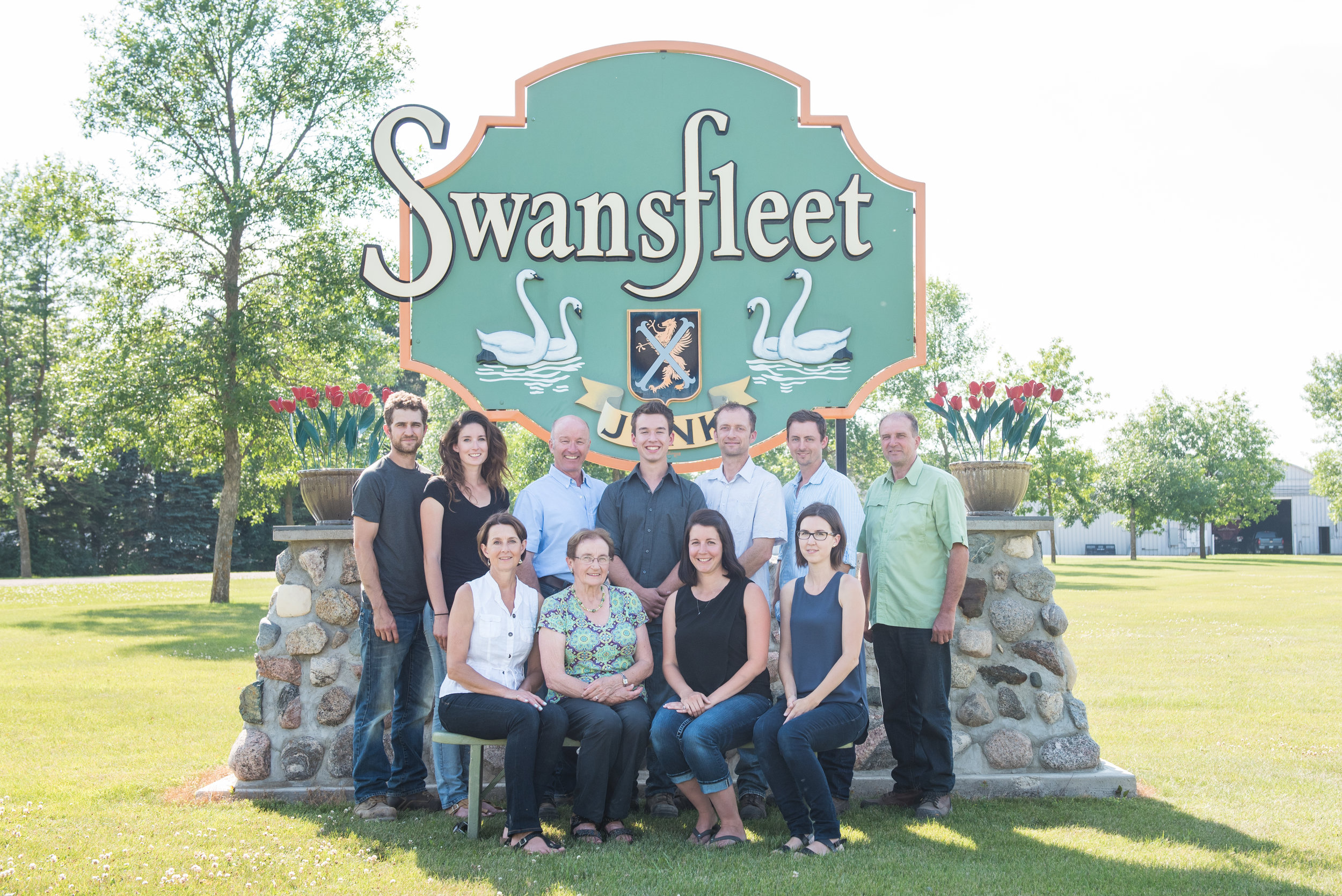 our story - Swansfleet started growing seed potatoes near Swan Lake, MB in 1976. The farm has grown but still remains a family operation.Brothers Tim, Vince and Steve Jonk farm alongside the next generation, Russell Jonk and Andrew and Samantha Devloo. Swansfleet Alliance is dedicated to providing our customers with top quality potatoes, grain and oilseeds.