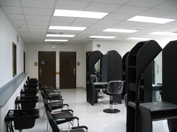 Somerset Community College - Albany Campus - Cosmetology Lab