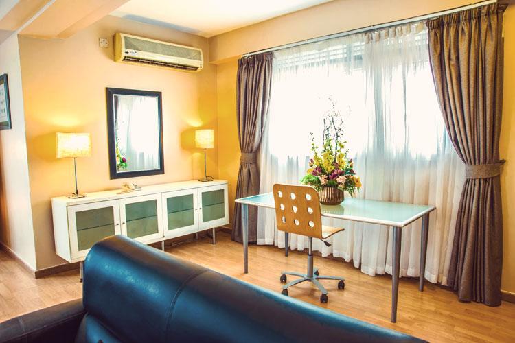 Living-Room-1-Bedroom-(1).jpg
