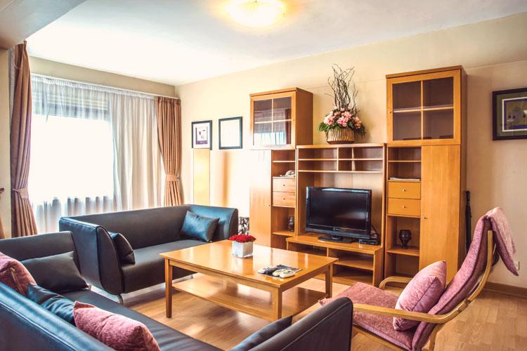 Living-Room-2-Bedroom-(1).jpg