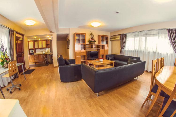 Living-Room-3-Bedroom-(1).jpg