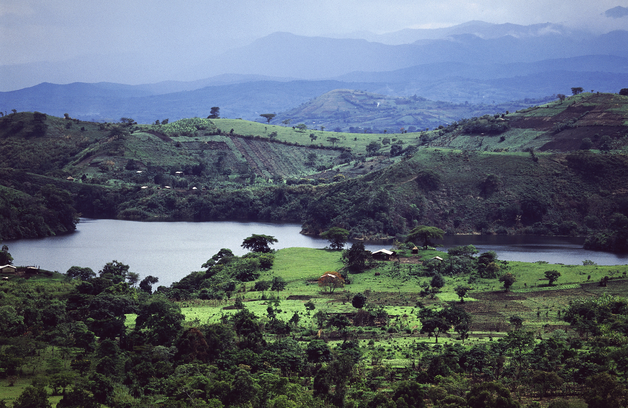 06-033-Fort-Portal-Crater-Lakes.jpg
