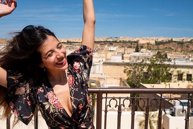 Day 12: #meknes & #fez. @legrandalcazar Non ho ancora capito se preferisco le foto in cui vengo bene o quelle in cui sono felice.  #fes #fez  #morocco #moroccotravel #marocco #maroc  #magicplaces #travelblog #travelblogger #traveldiary #morocco_vacations #femaletraveler #femaletravel #travelphotography #discovermorocco #moroccolives #inmorocco #visitmorocco #moroccovacations #moroccolives #travel #travelphotography #travelphoto #moroccohotels #moroccobestvacations #riadfes #riad #riads