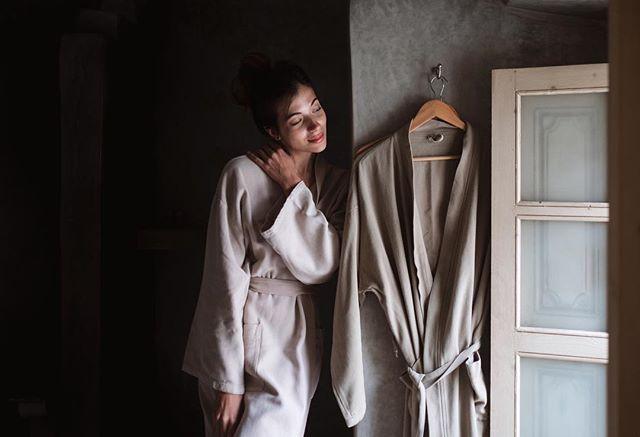 Day 19: cuddles time @riaddarten #marrakechmedina #marrakech #bath #bathroom #morocco #moroccogirl #moroccotravel #riad #riads #riadlovers #luxurytravels #travelers #girlsaroundtheworld #girlstravel #traveldiary #travelblog #traveler #beauty