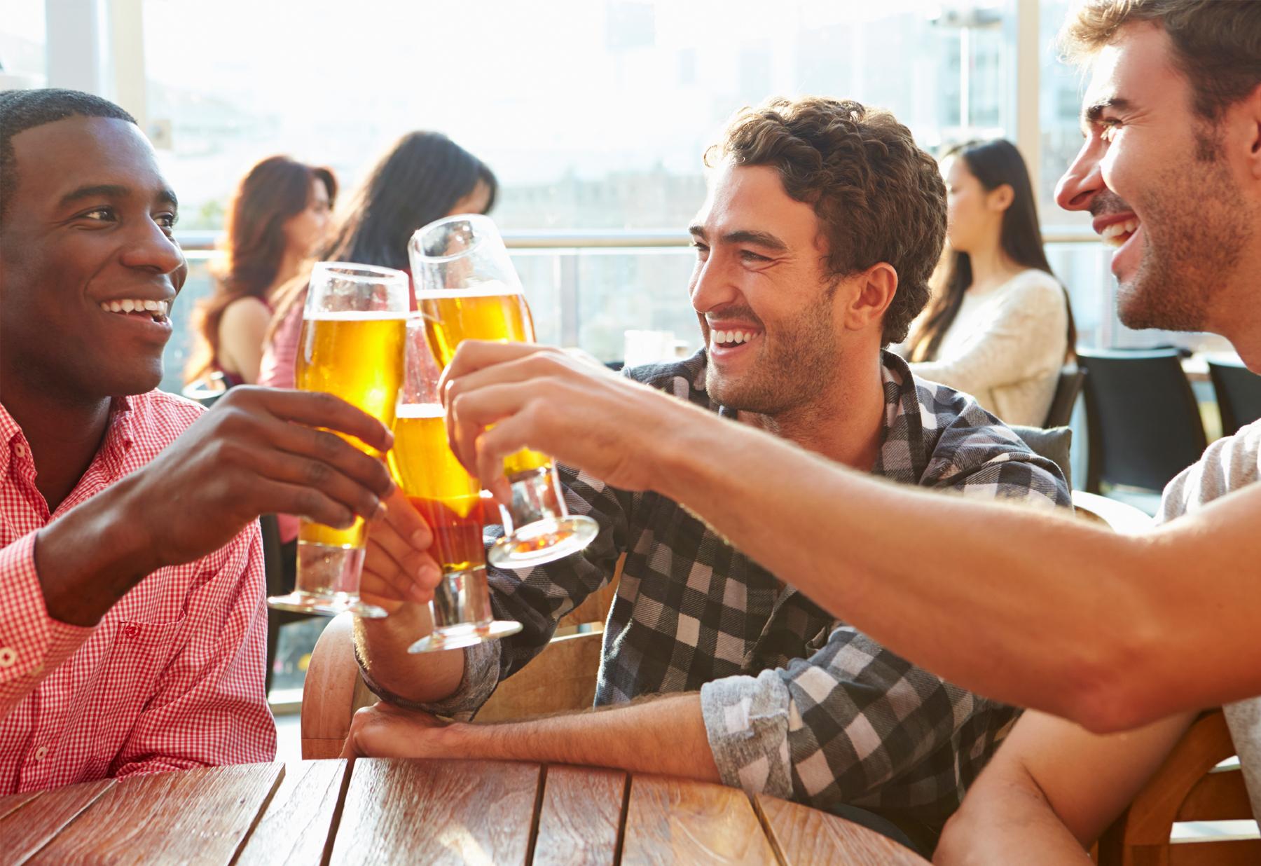 guys-drinking.jpg