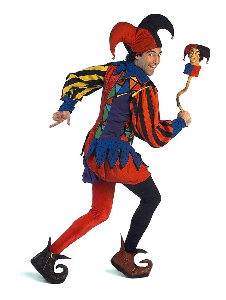 057f4d3a26a47d05d6e860694aabba5d--court-jester-knight-party.jpg