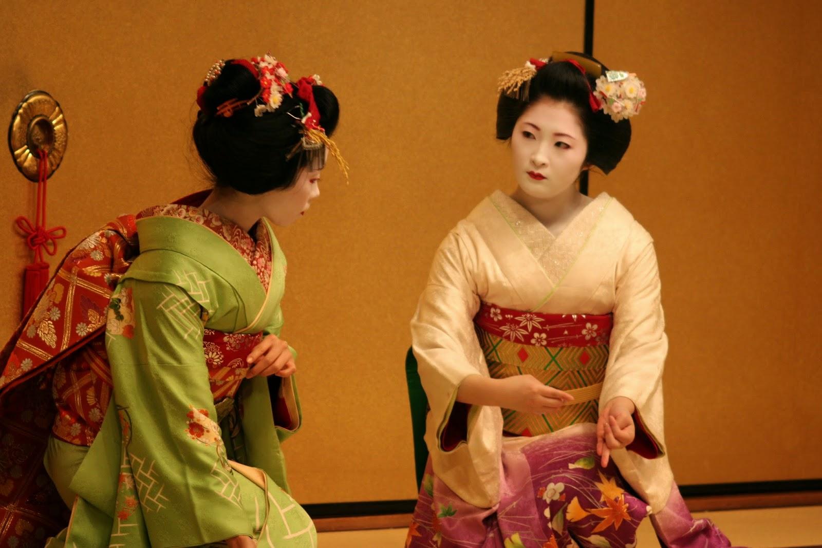Geisha_dance.jpg