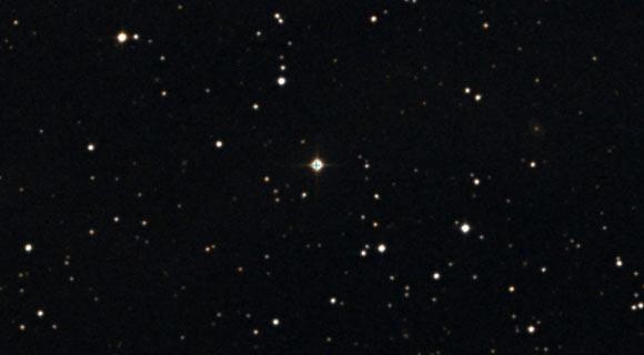 EPIC 247589423 (center). Image credit: Centre de Données astronomiques de Strasbourg / SIMBAD / DSS.