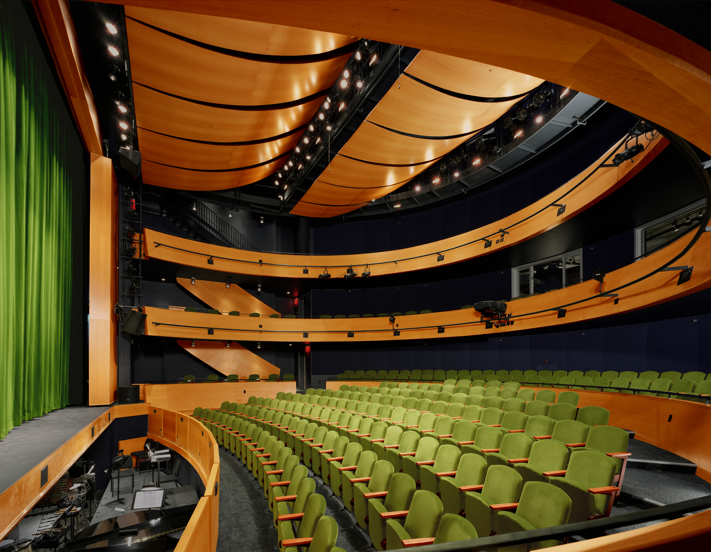 84413-int-theater-orchestra.jpg