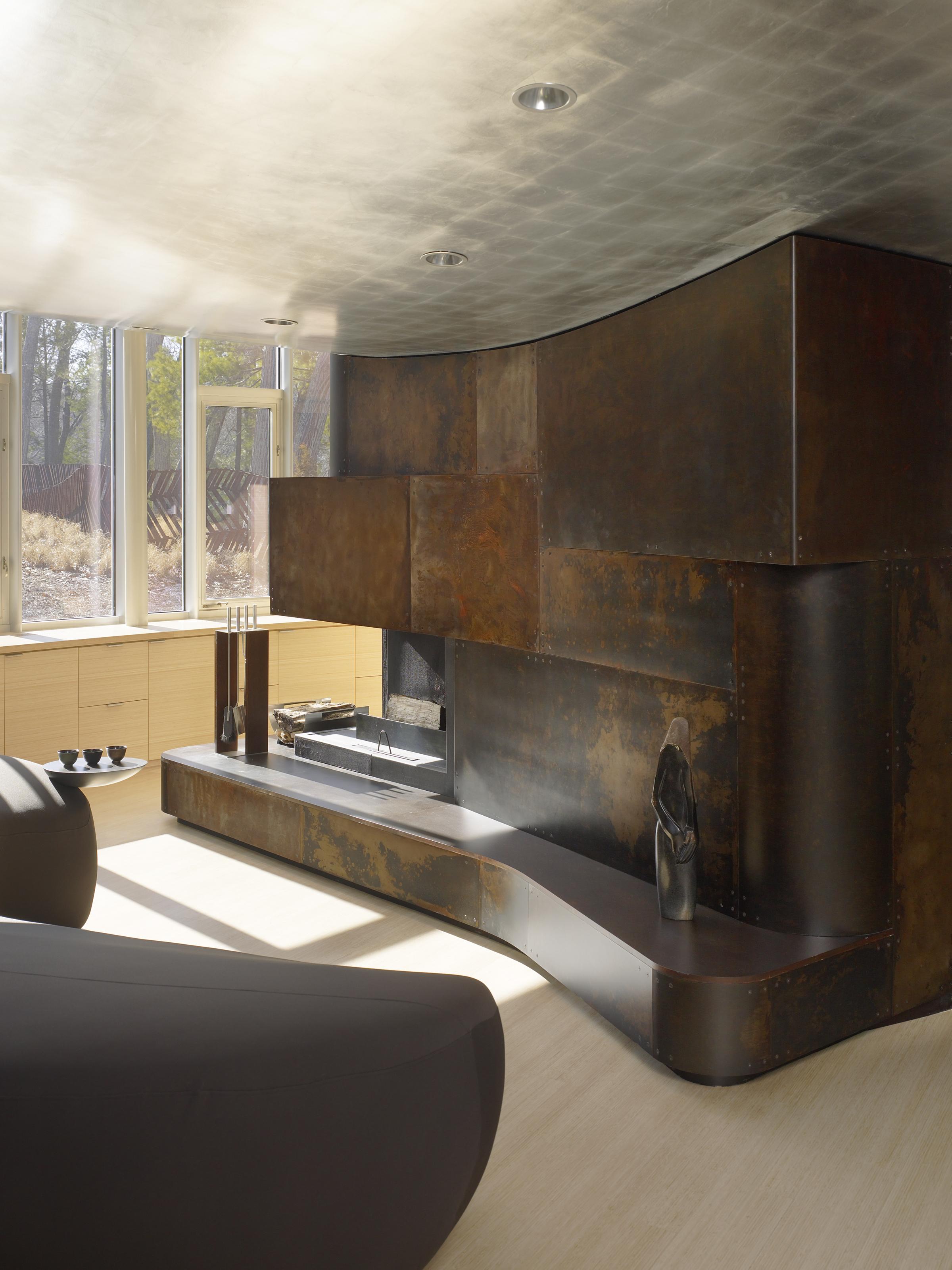 9901-int-fireplace_135.jpg