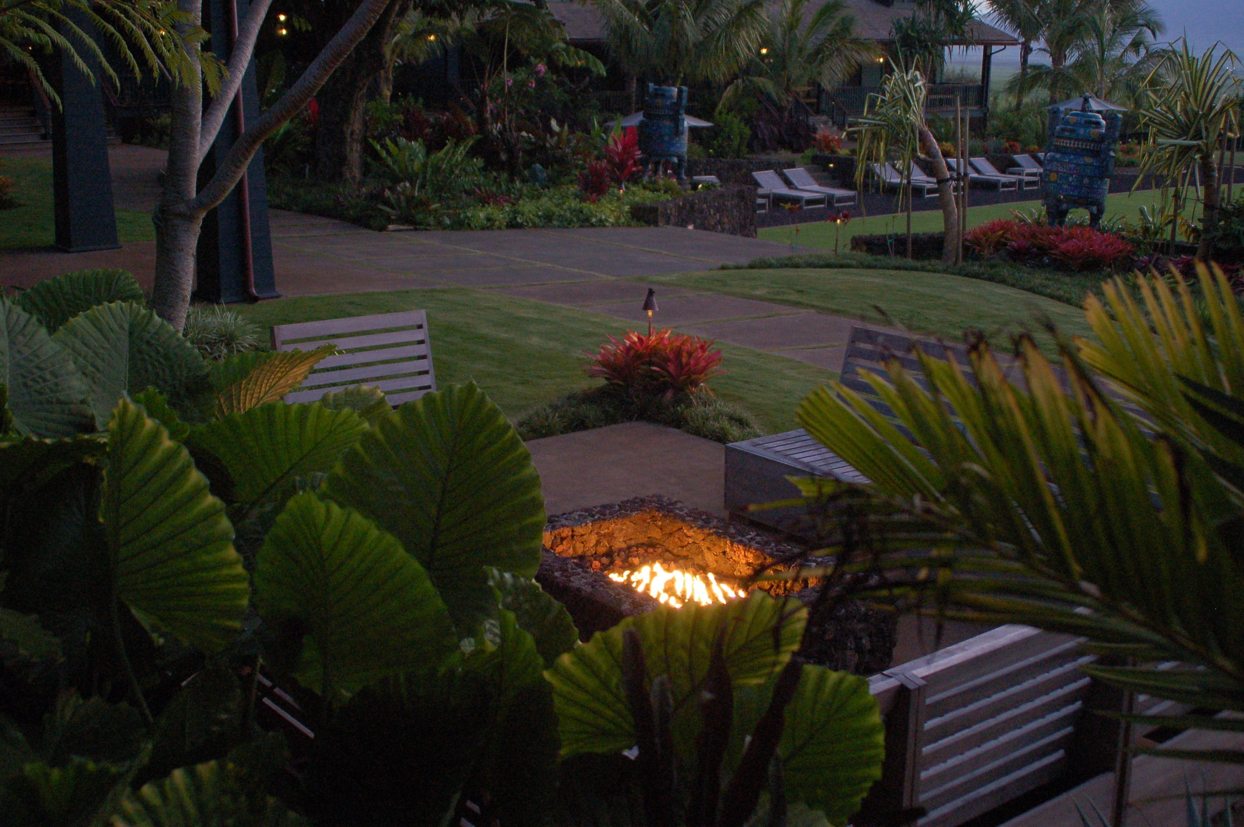PROPERTY-GATHERING SPACES-FIRE PIT-no people.jpg