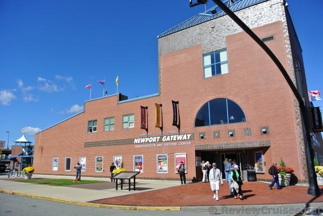 RIPTA Newport Gateway Center