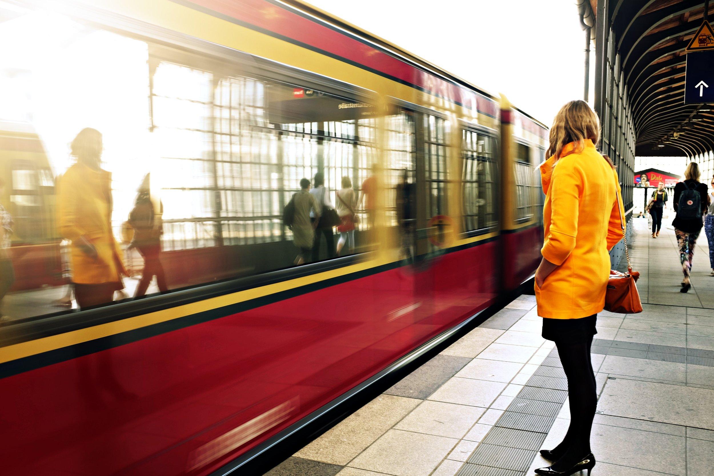 berlin-blonde-commute-21410.jpg