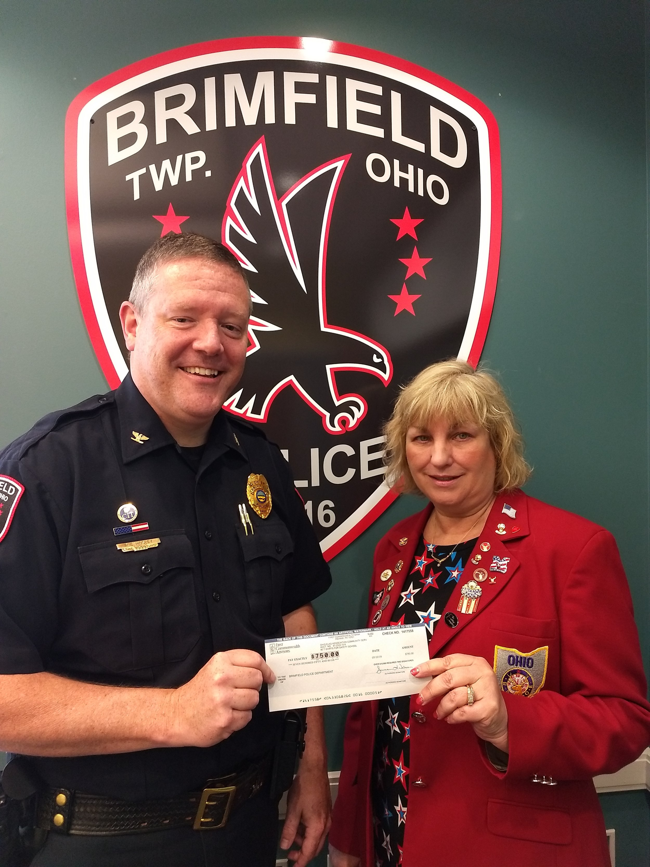 Pictured are Chief Roy Mosley and Lisa Wadlow, PER and Grants coordinator for Kent Elks Lodge #1377.