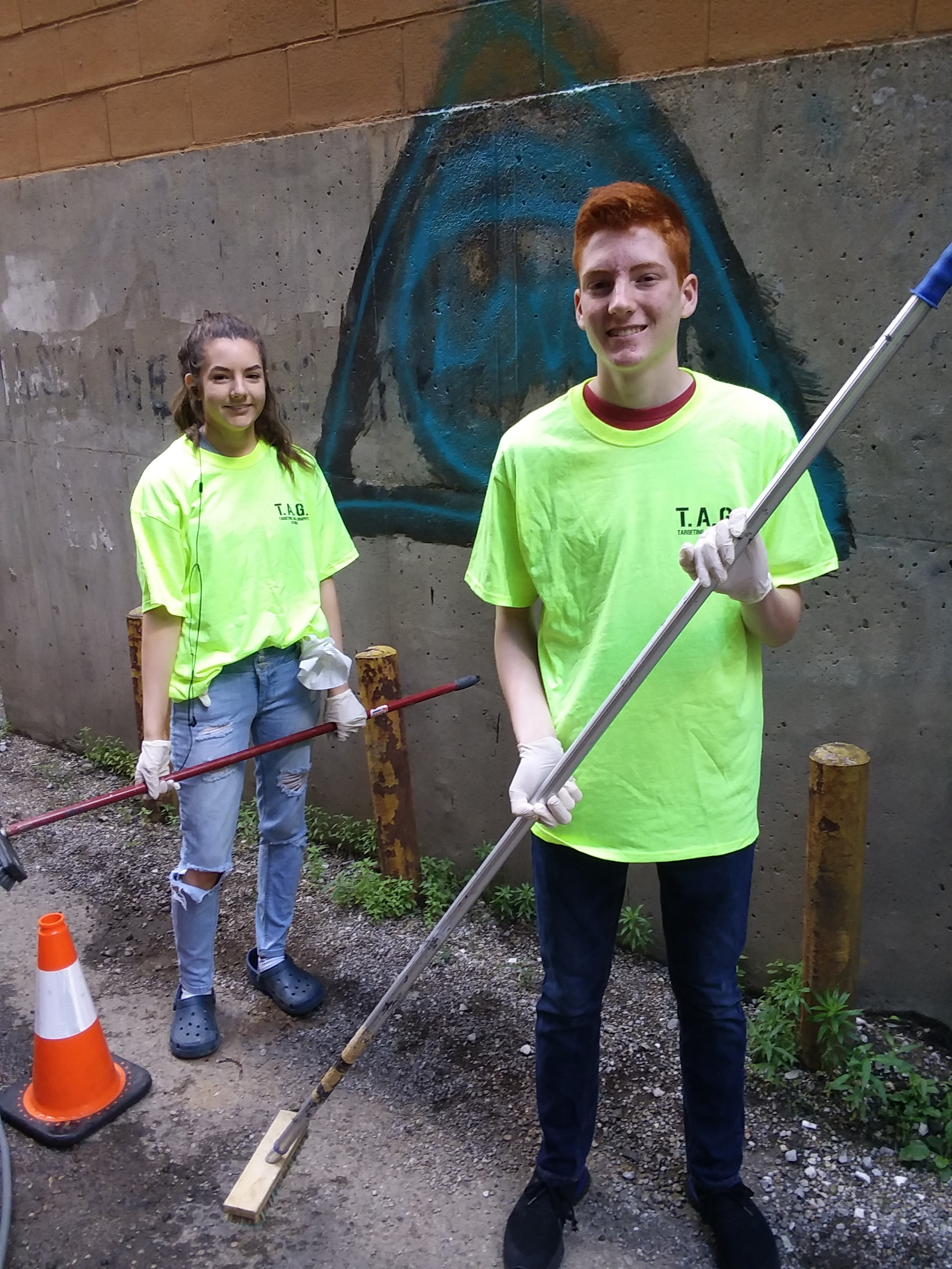 Pictured:  Student volunteers Hannah Williams and Clayton Williams