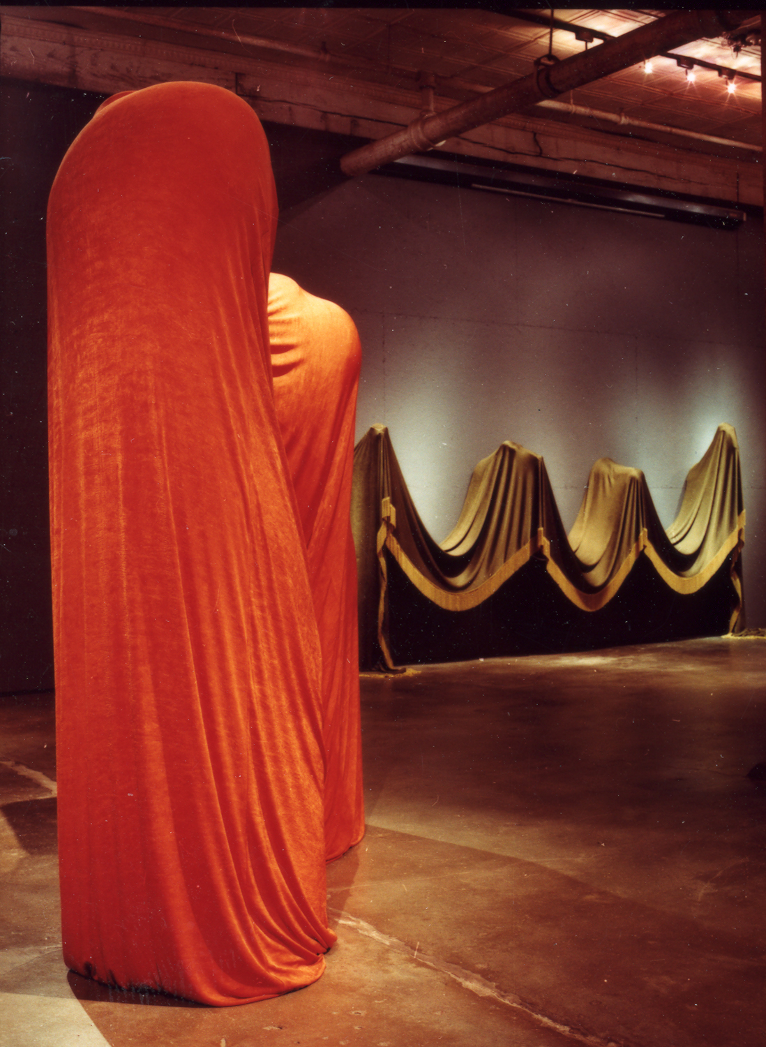 [05] frances bagley installation, red and green_1.jpg