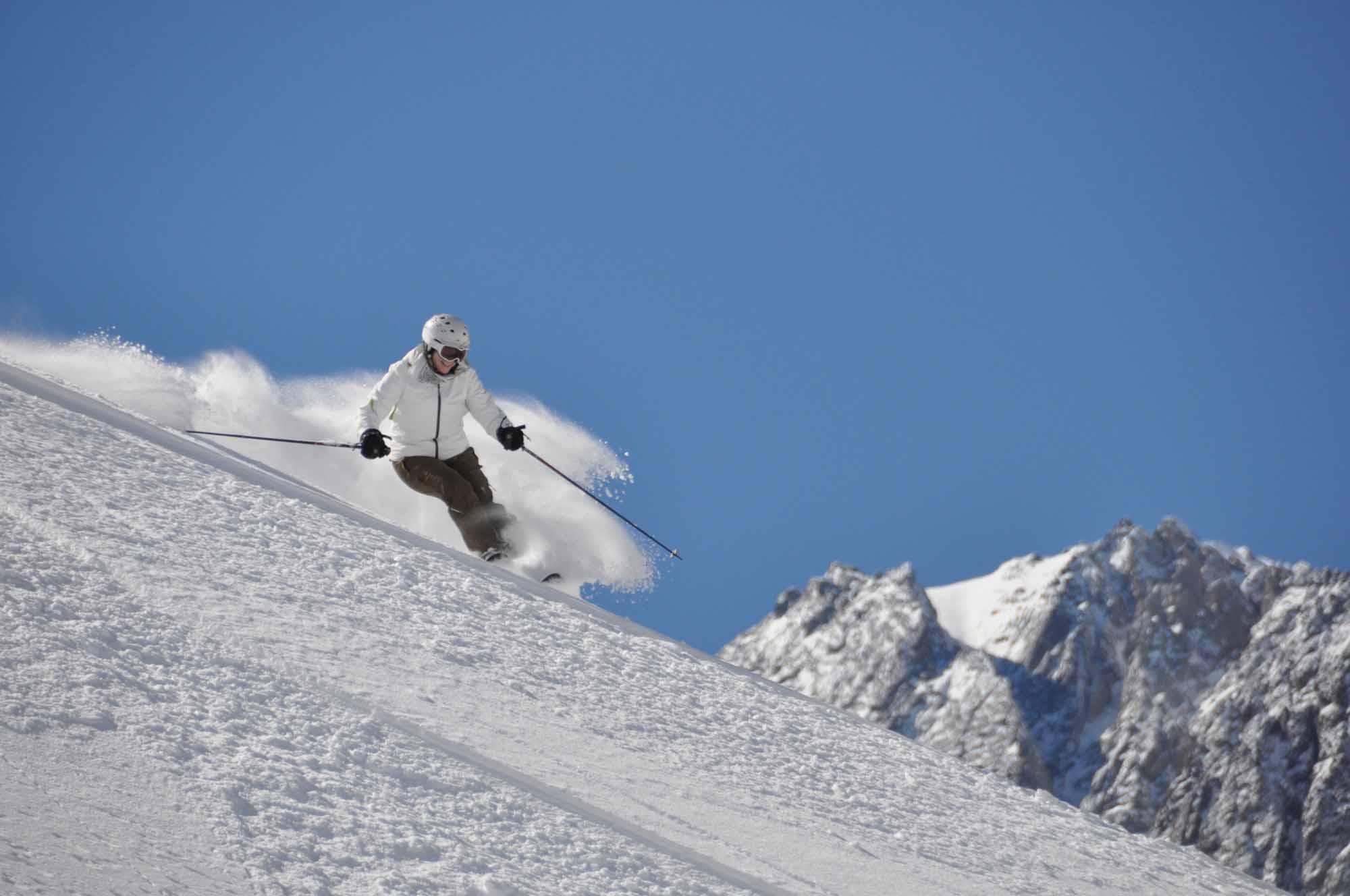Ski-Portillo-Chile-18.jpg