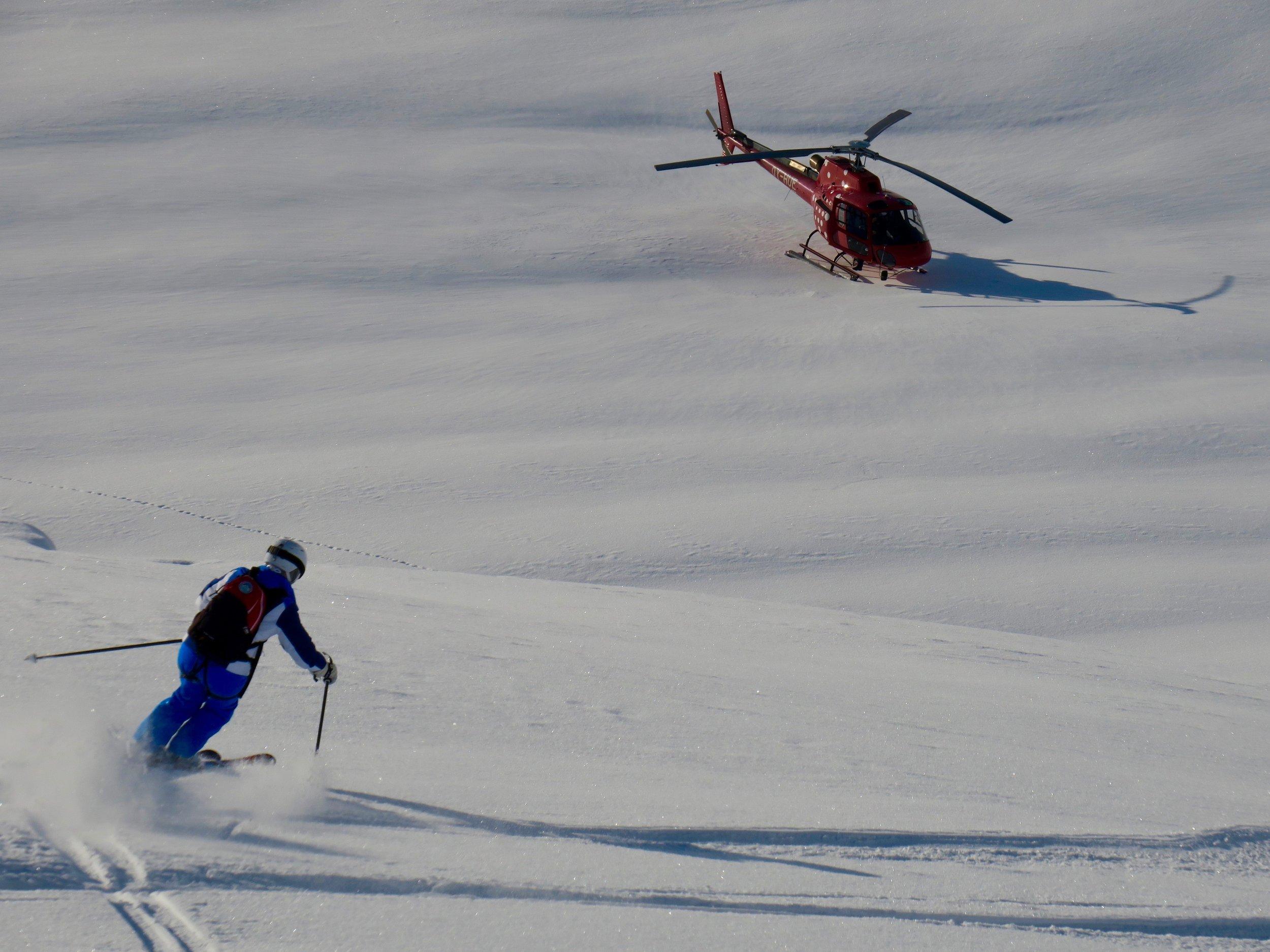 Dreamy heli-skiing turns by Ann.