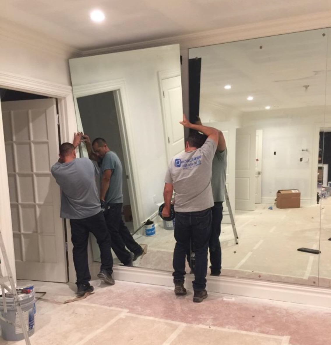 How We Work ? - At Delta Glass, we aim to provide you with quick and easy installation of all kinds of mirror you need. Our team of experts help you create custom mirror designs that are perfectly suited to your requirements.With three decades of experience in mirror installation in NY and NJ areas, our team of professionals understand your need for perfection. When it comes to glass, we are committed to providing you only the BEST.