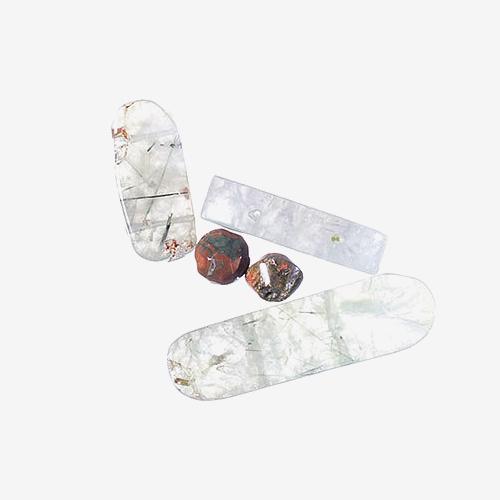 Quartz Agate   Material: Natural Stone   Quartz agate has bands of silicone dioxide alternating with layers of crystalline quartz.