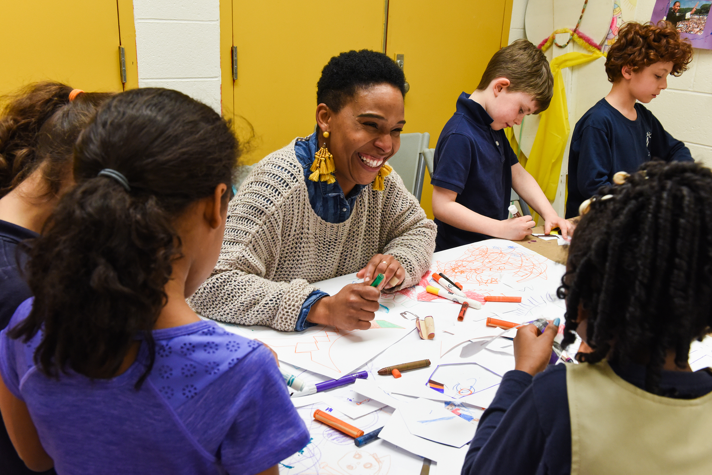 """Murals on the Move"" made a stop at East Passyunk Community Recreation Center on April 17, 2018, where teaching artist Inisar ""Star"" Hamilton lead an art class. This pilot Mural Arts initiative will travel to nine recreation centers, bringing professional artists face to face with kids in after-school programs. Brianna Spause / Philadelphia Parks & Recreation"