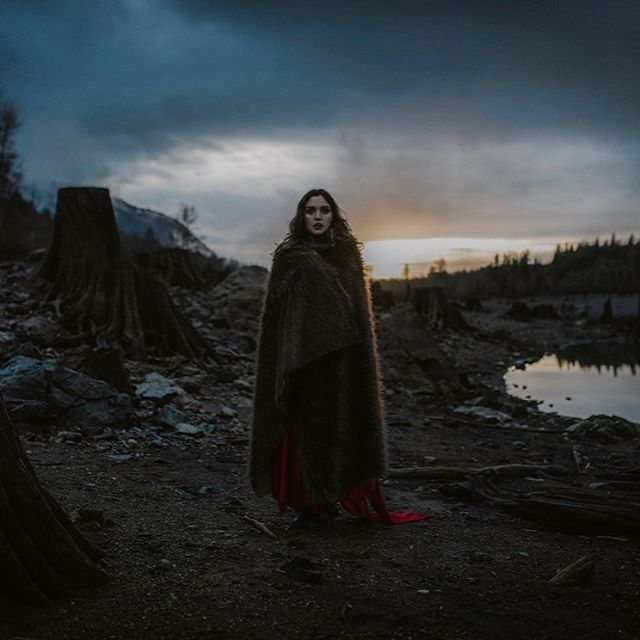 Rise like the Phoenix you are. Tomorrow is another day. . . . . . Photo by @dawndraphoto ♥️♥️ . . . . . . . . . #photographer #photography #photo #photooftheday #naturephotography #photoshoot #portrait #portraitphotography #nature #pnw #sunset #sunsets #forest #model #modeling #fantasy #fantasyart #magic #witch #winter #wild #dream #love #✨