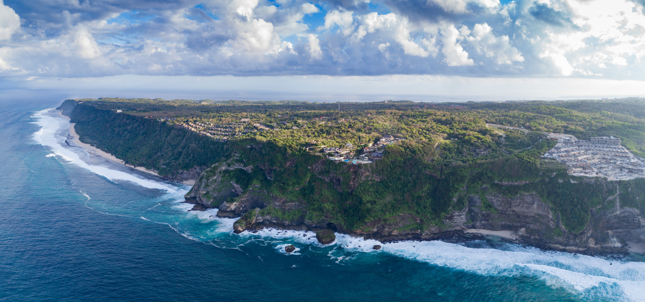 The edge - Uluwatu Clifftop.jpg