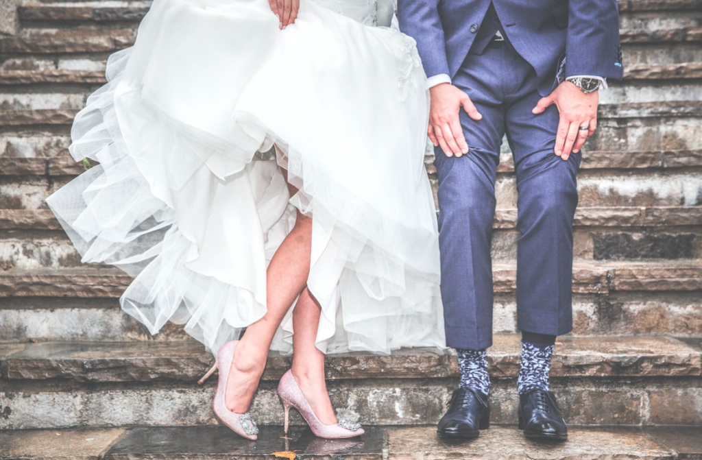The cost of love, getting married, destination weddings, Australian brides, Bali weddings, Modern Weddings, Wedding Survey, Cheaper Weddings