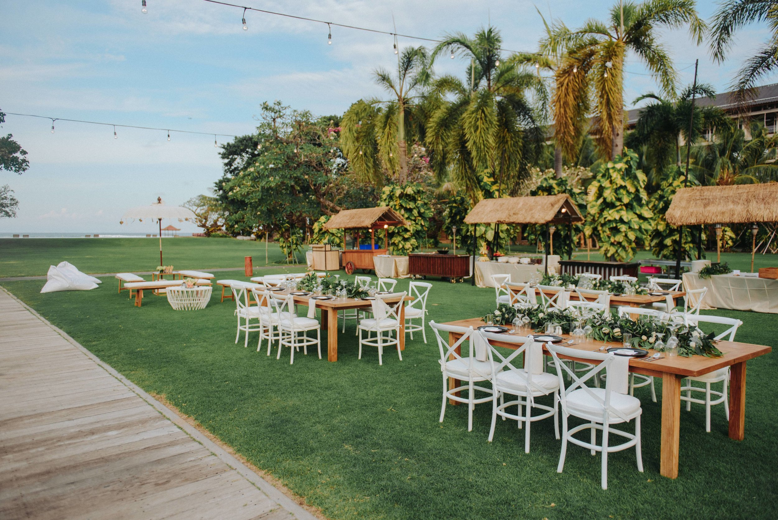Expert information - Our planners are expat residents or English speaking locals with loads of Bali wedding experience. This means you'll be guided through things like paperwork, visas and even the best place to honeymoon.