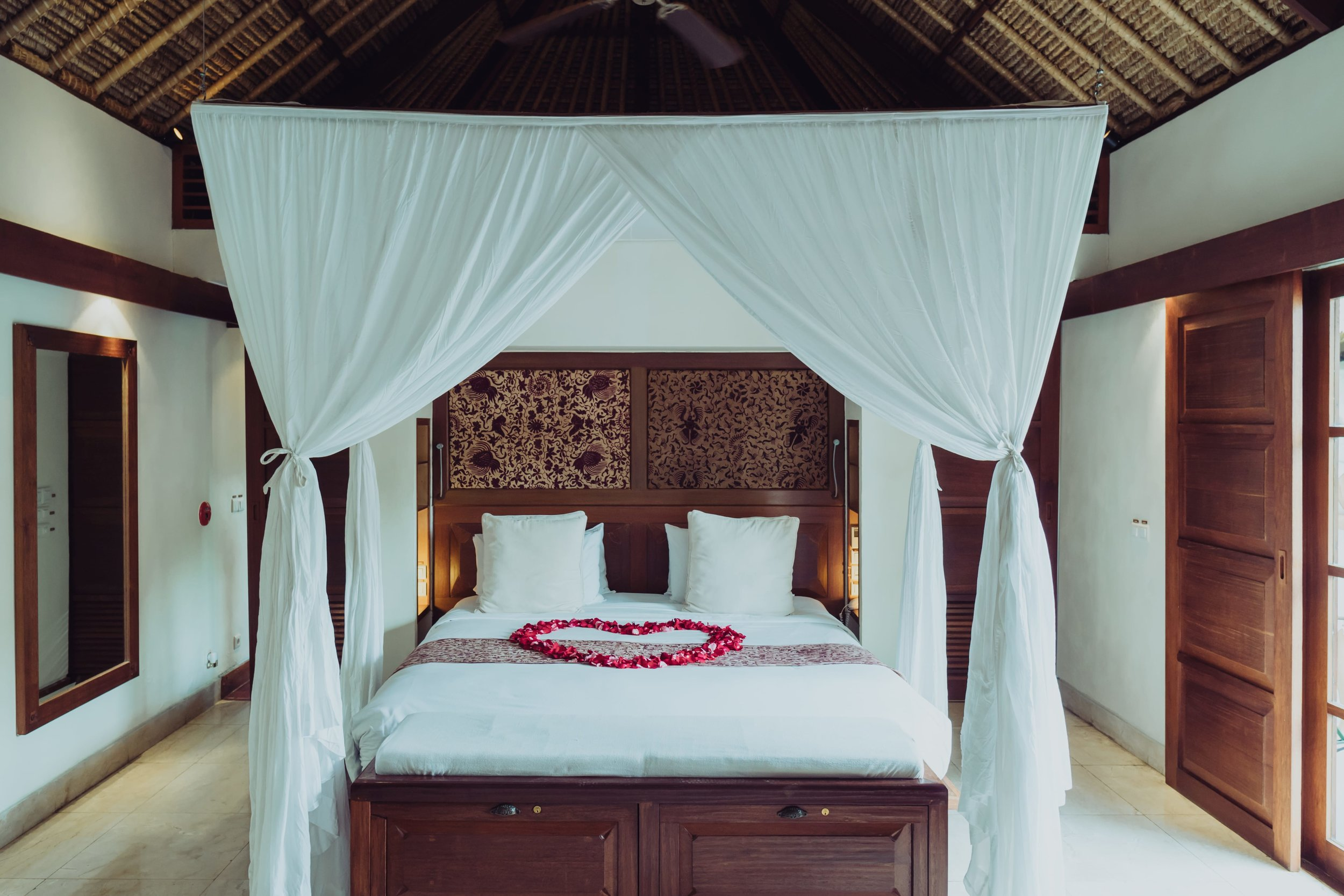 Accommodation - The luxurious honeymoon suite with private plunge pool is the perfect place for the bridal party to get ready and then to relax as newlyweds after your wedding.